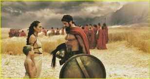 300-movie-stills-02-02-700x371